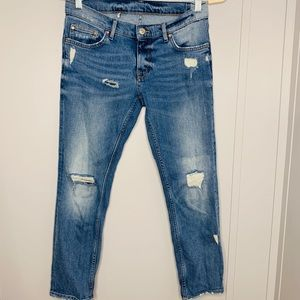 Zara Woman Distressed Jeans 4